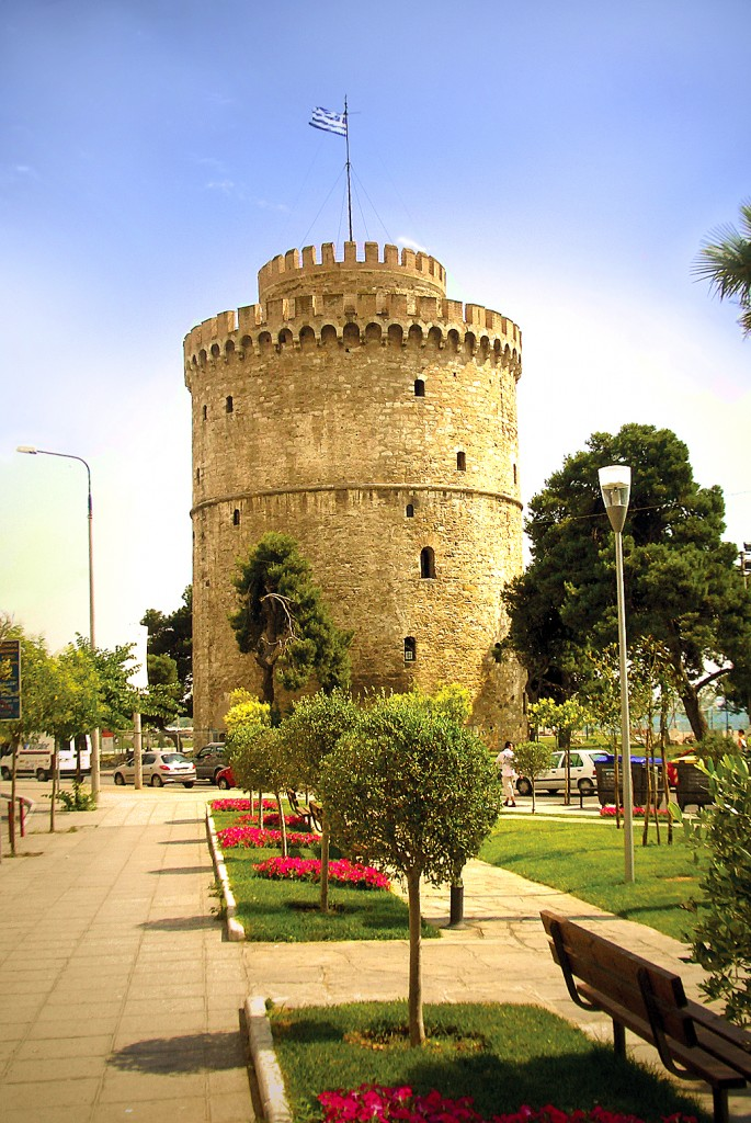 White_Tower_of_Thessaloniki_(2007-06-15)